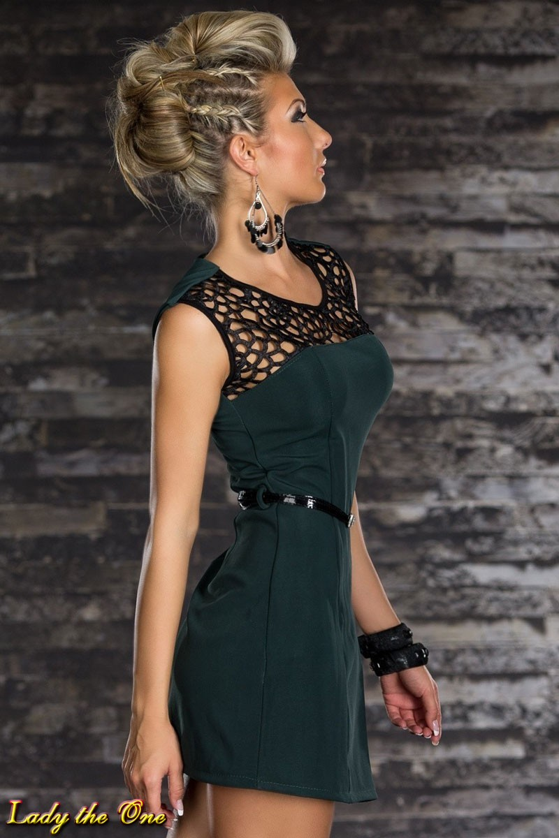 Платья с сеточкой на плечах